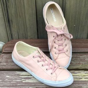 CONVERSE ALL⭐️STAR Leather Blush Pink Low Tops
